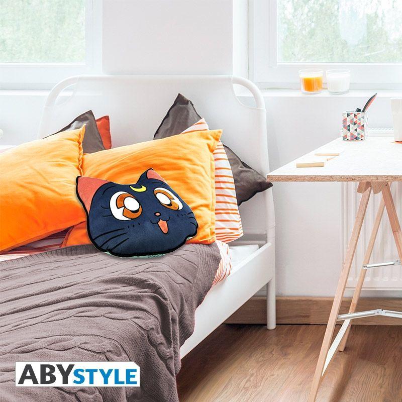 SAILOR MOON Luna cushion